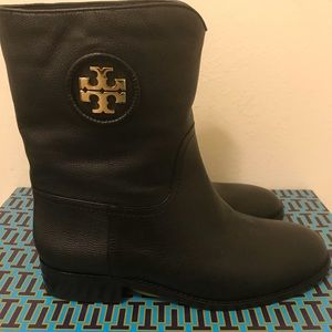 Tory Burch leather Boots size 9, NEW